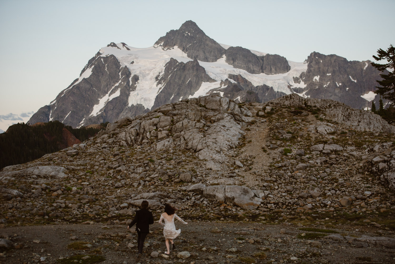 blm-elopement-photographer
