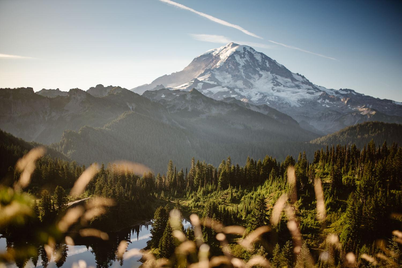 mount-rainier-sunrise