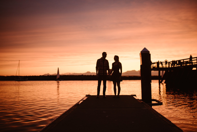 sunset-engagement-photos