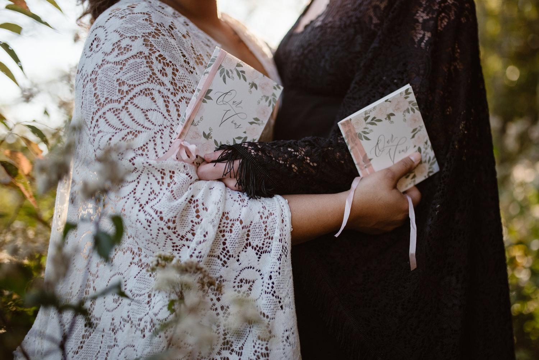 elopement-vow-books