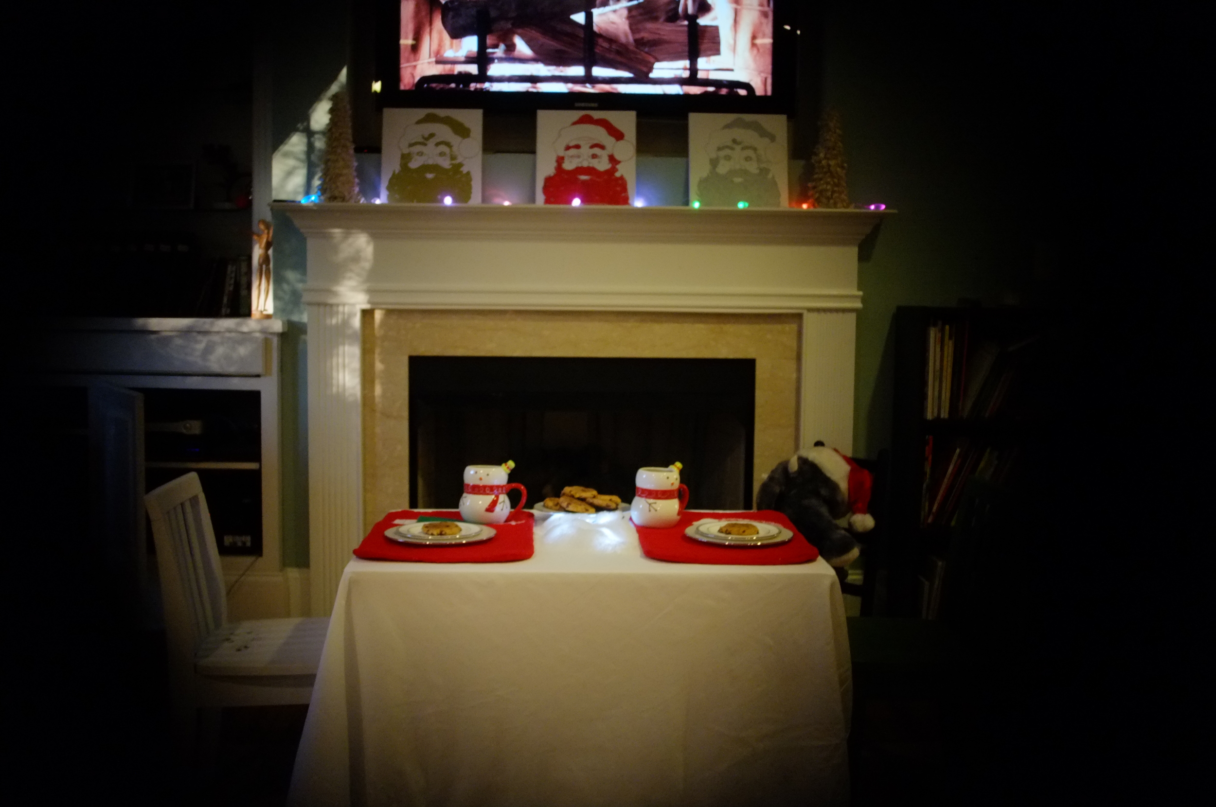 Xavier and India woke up to a Cookie & Cocoa Party invitation! After they put on their best party clothes (at 7 am), they headed downstairs and were greeted by this scene - a table set for two, complete with chocolate chip cookies and hot chocolate. What a way to wake up.
