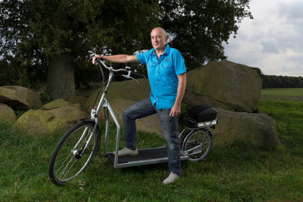 LOPIFIT - THE ELECTRIC BICYCLE TREADMILL (video)