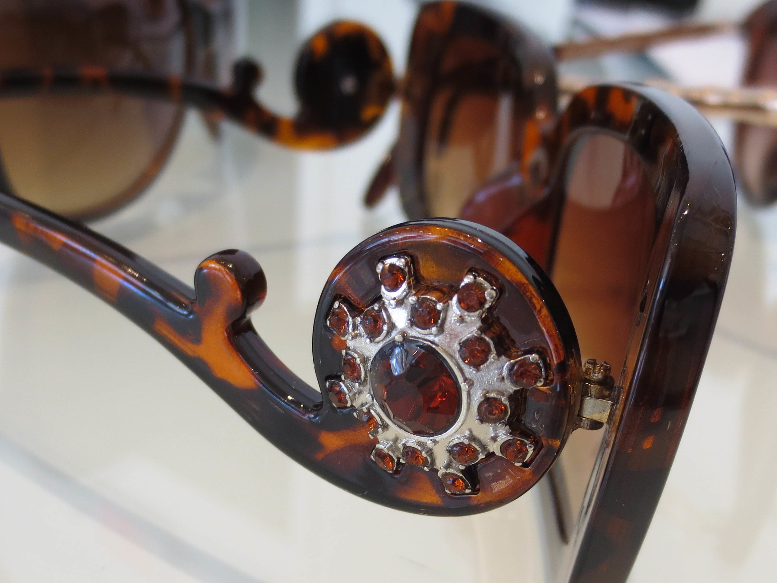 sunglasses-5.jpg