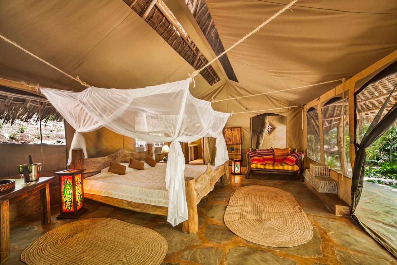Tiwi tent-1.jpg