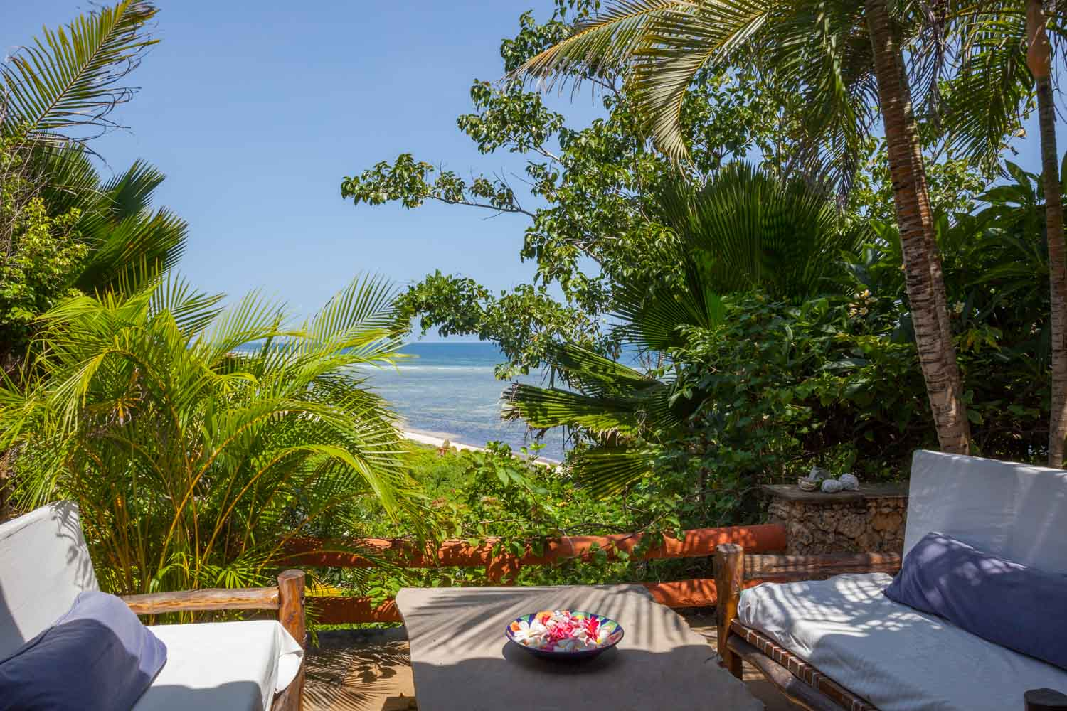 Red House - BeachSleeps 6 adults + 4 kidsKES 26,000 to 30,000 per day