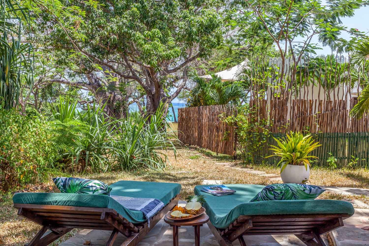 Inshallah Cottage - Diani BeachSleeps 2KES 13.500 per day*Air-conditioned*
