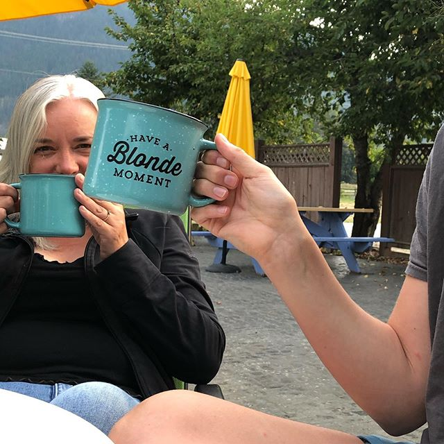 Coffee is enjoyed best with family 💛🍍 Last week was extra special as my family drove 8hrs to visit and I shared with them a peek into my life in Sicamous and what it means to have a Blonde  moment! Blondies strives to be more than just a coffee shop, but to also become a community. I was proud to show my family around here in Sicamous 💛 -Maddie (Sicamous Barista)