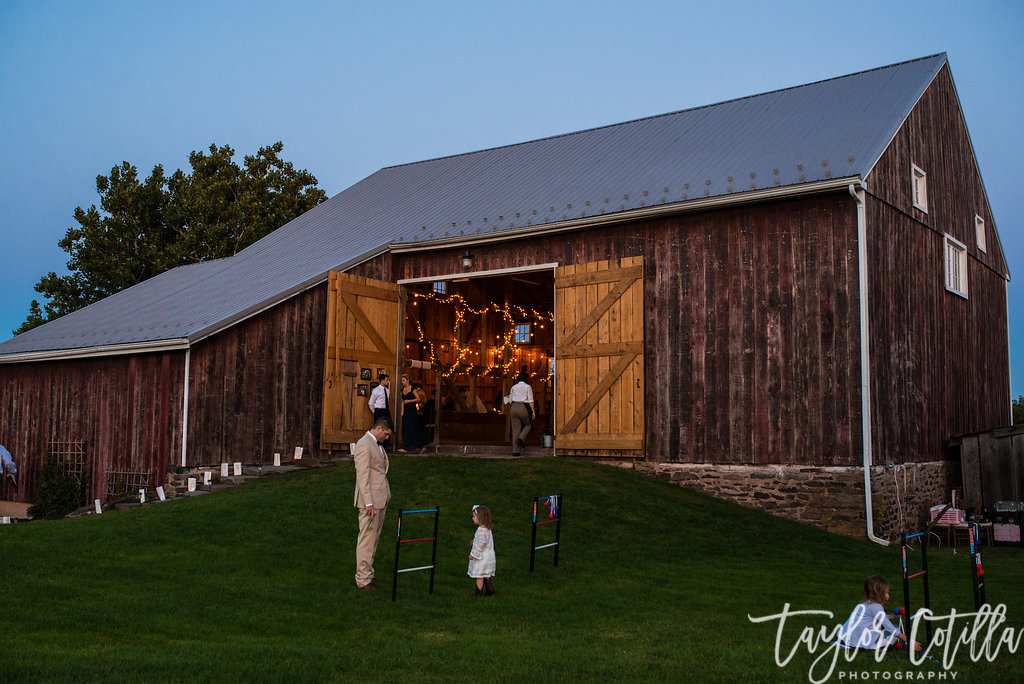 bucks-county-wedding-farmhouse