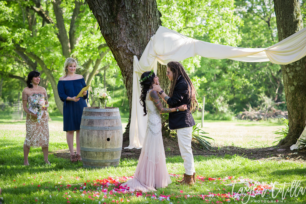 crimson-and-clover-wedding