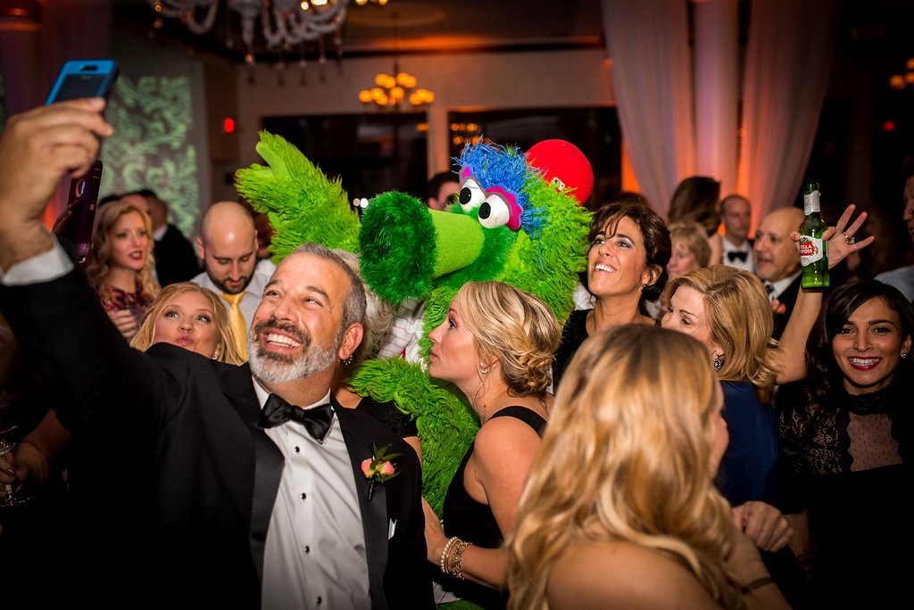 Philly-Phanatic-VIE-Wedding