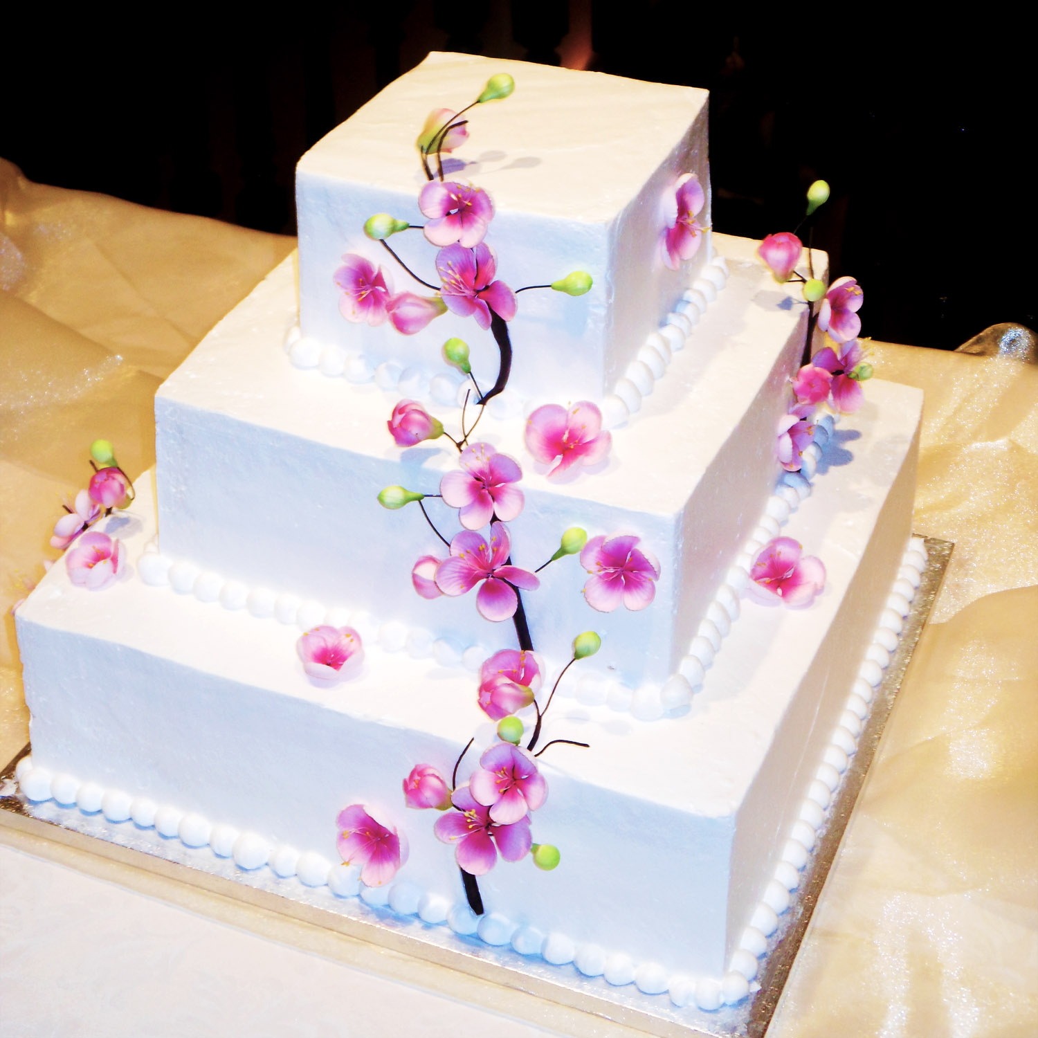 Wedding_cake_cherryblossoms.jpg