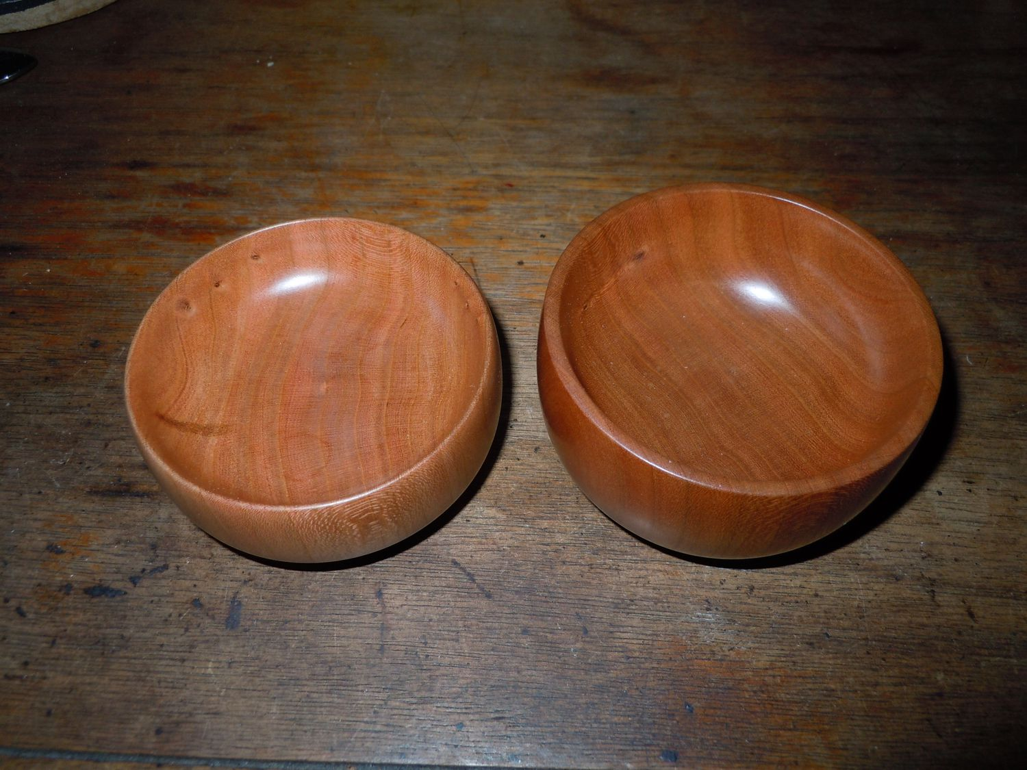 2 small cherry bowls.