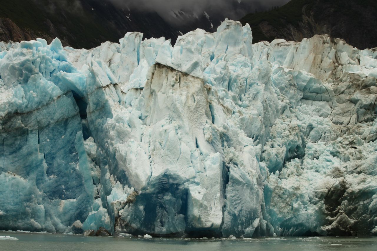 A magnificent view of a glacier on the Tracy Arm Boat Tour.