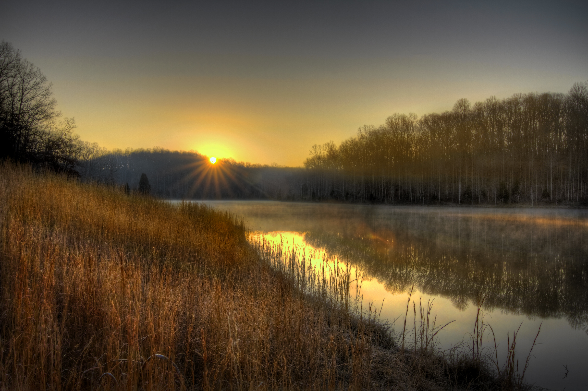 03 Breaking dawn.jpg