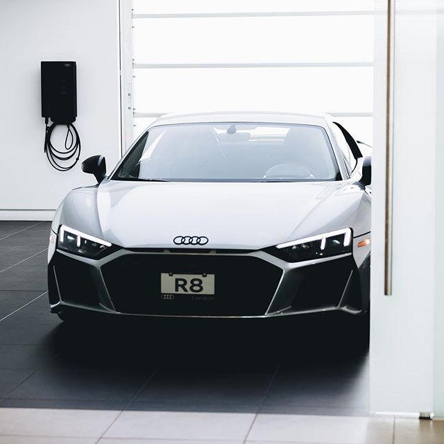 Ready for 🚀 // Audi R8 V10 Performance