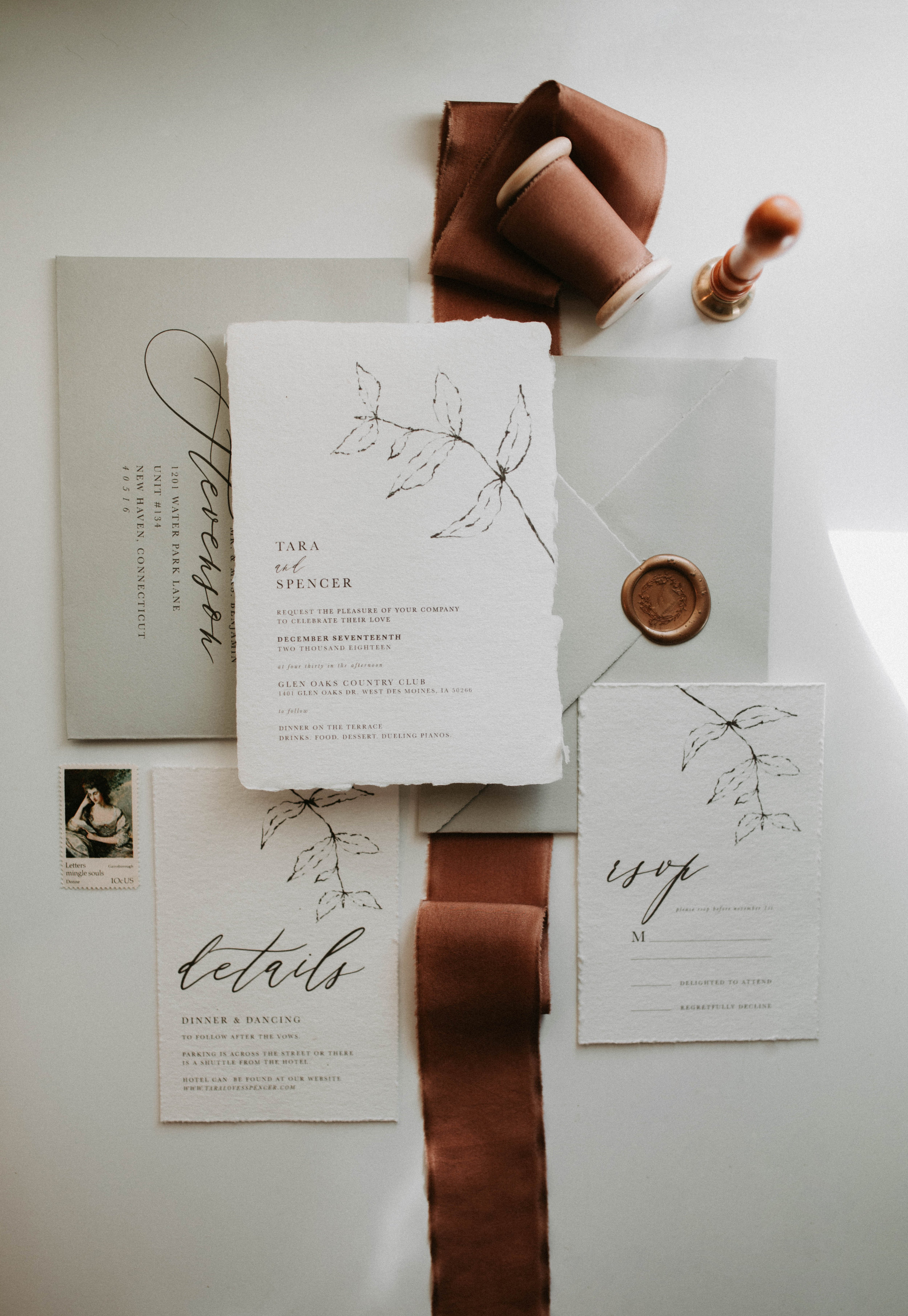 CUSTOM SUITESwedding stationery -