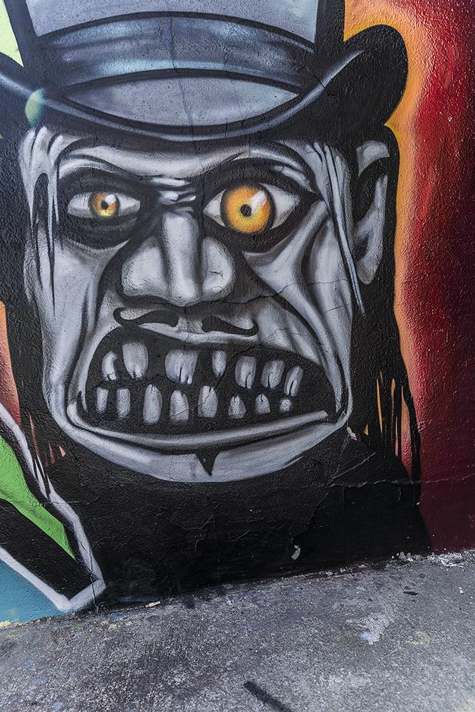 Graffiti-8511_web.jpg