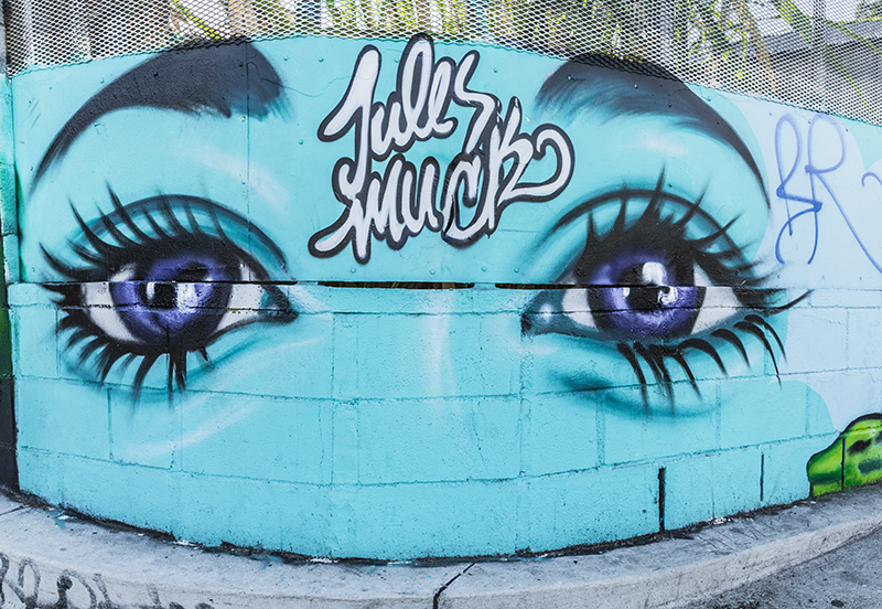 Graffiti-1729-web.jpg