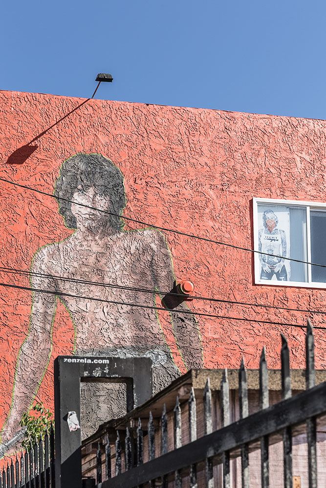 Graffiti-8853-web.jpg