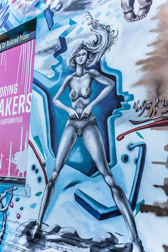 Graffiti-8857-web.jpg
