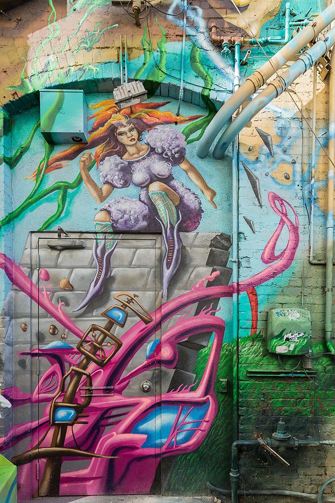 Graffiti-8860-web.jpg