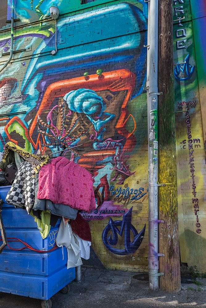 Graffiti-8863-web.jpg