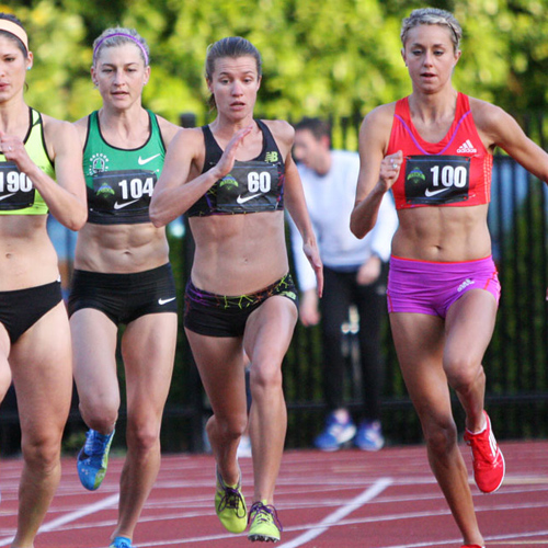 Olympian Kim Conley (#60) challenges for the lead in the women's 1,500m