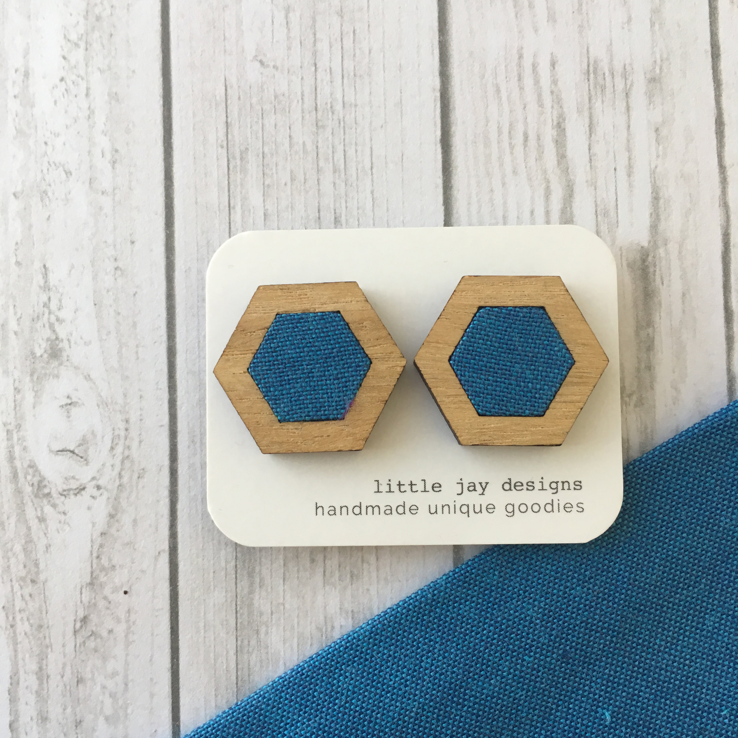 Blue/Turquoise - Large Hexagon