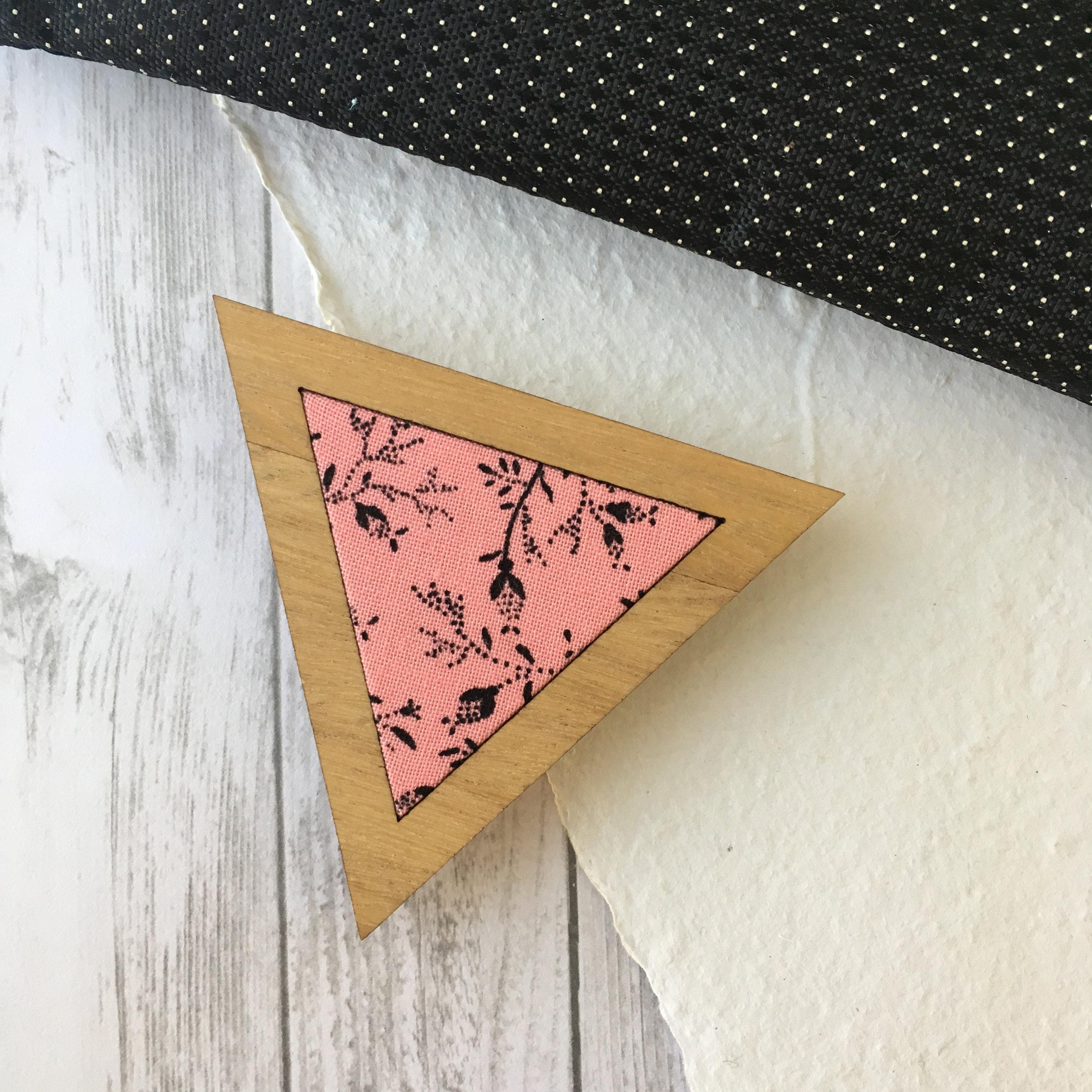 Black Bud - Triangle