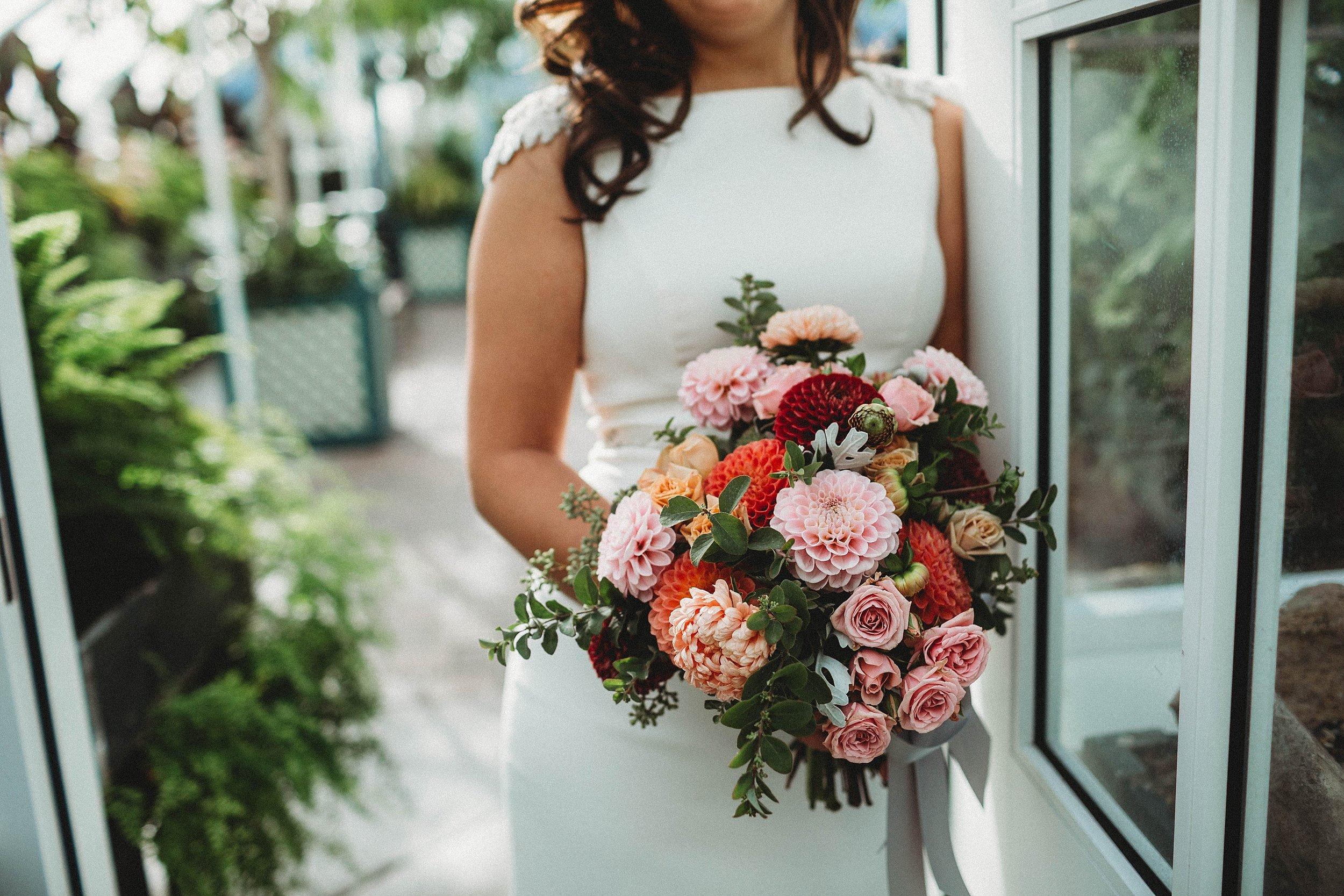 yinshi david - seattle wedding photographer - SAM wedding volunteer park reception -23.jpg