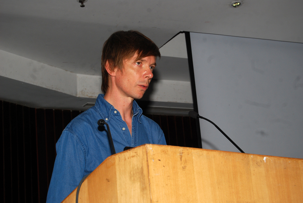 Adam Szymczyk delivering his lecture