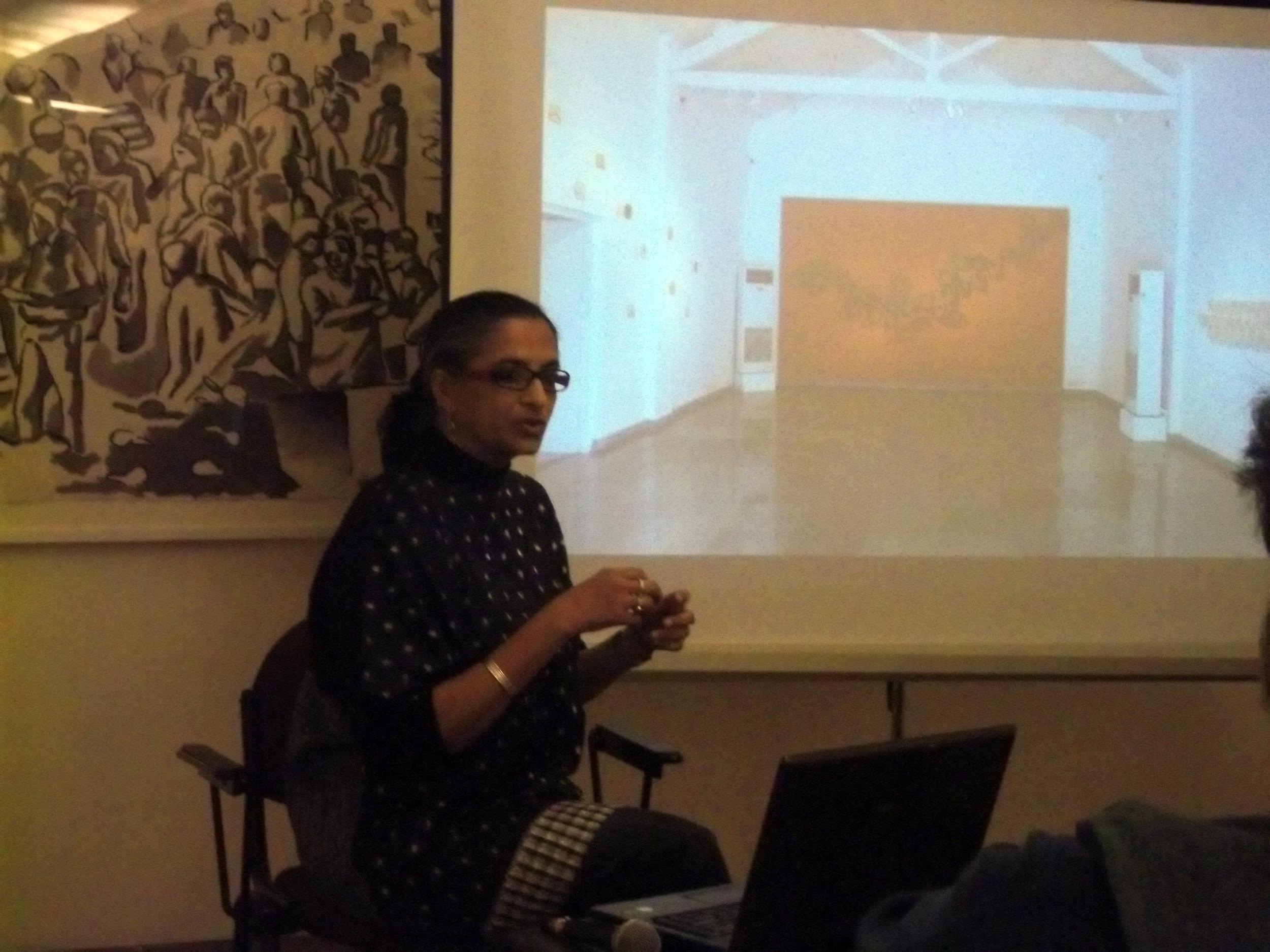 Manisha Parekh presenting her drawings
