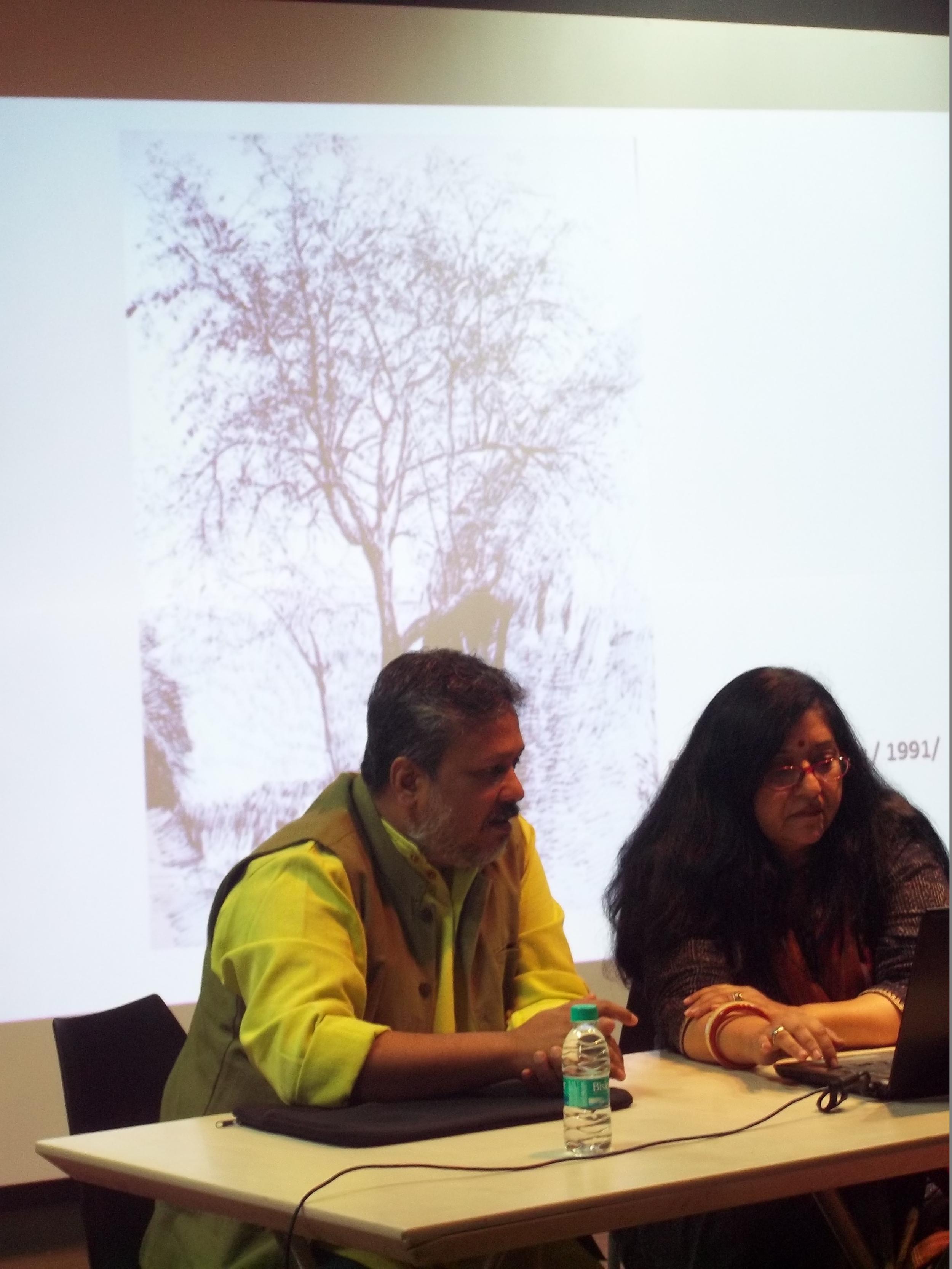 Samit Das presenting his take on drawing, with Roobina Karode, curator KNMA