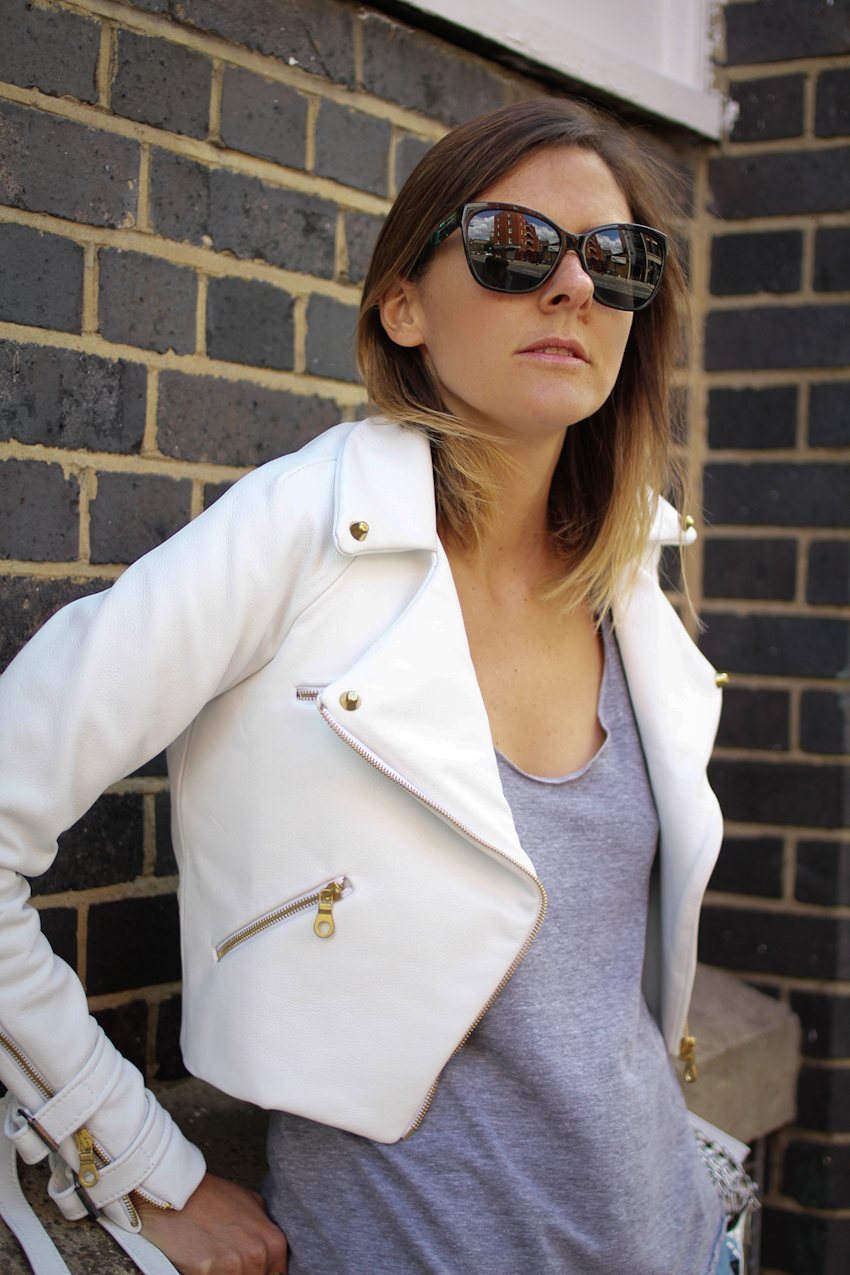 White leather a la Charlie May