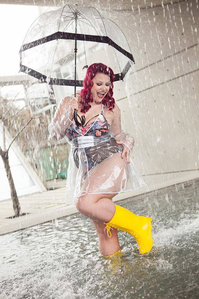 We love the way  Ruby Roxx  styled hers with a raincoat!