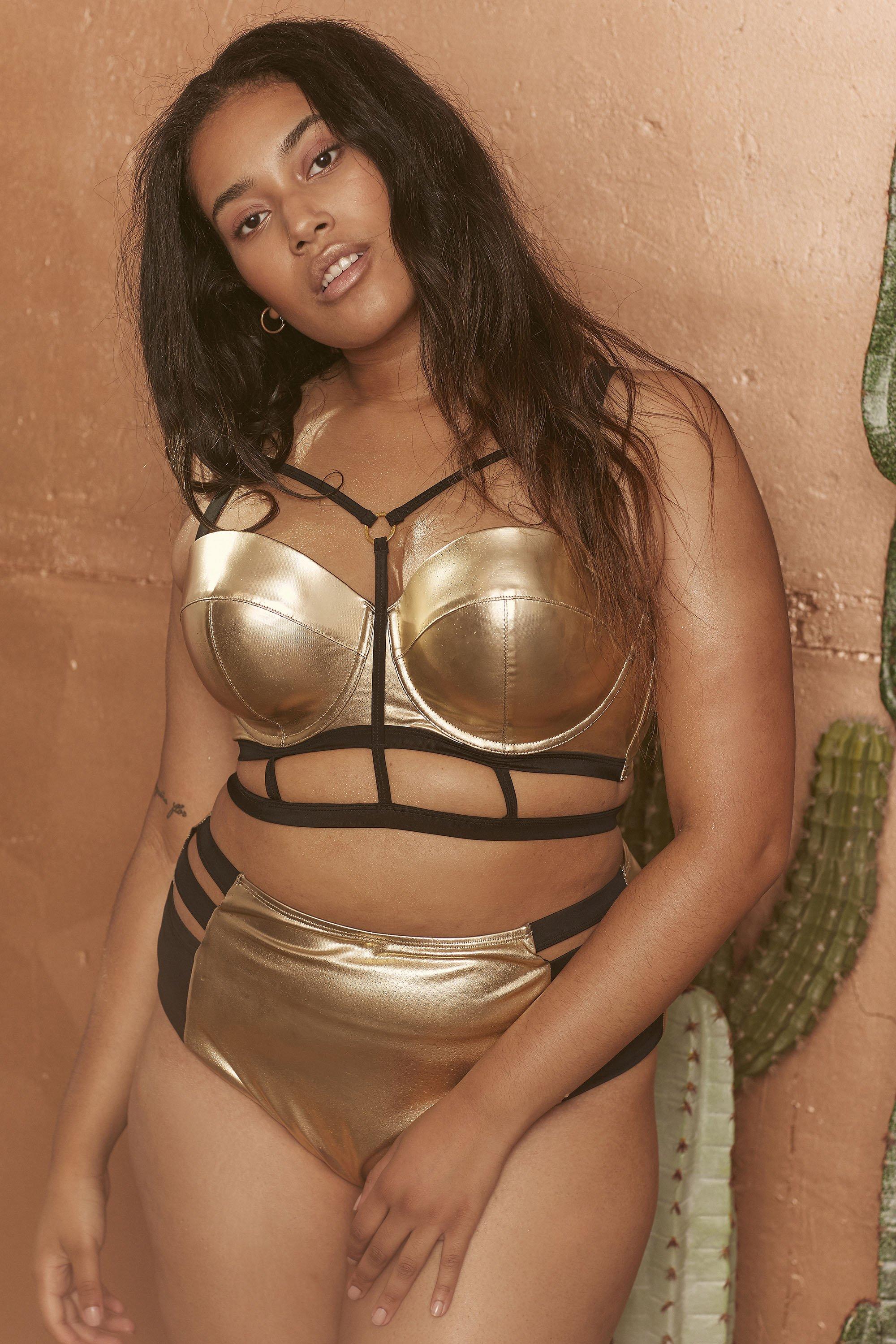 WWS153C_Gold_metallic_balcony_bikini_top_curve2.jpg