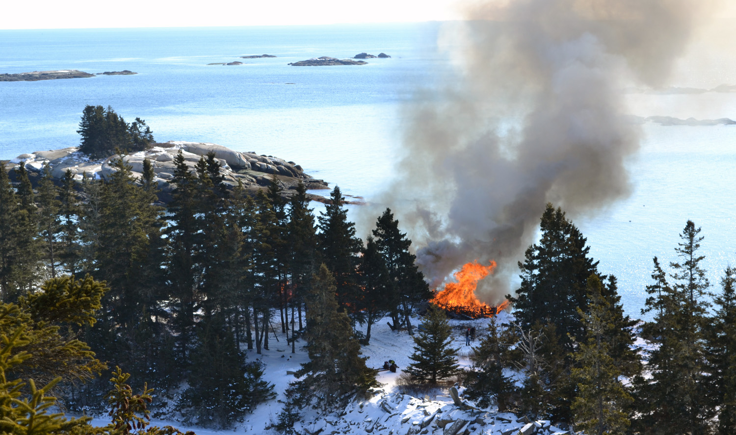 A view of the blaze from the cliffs above the quarry