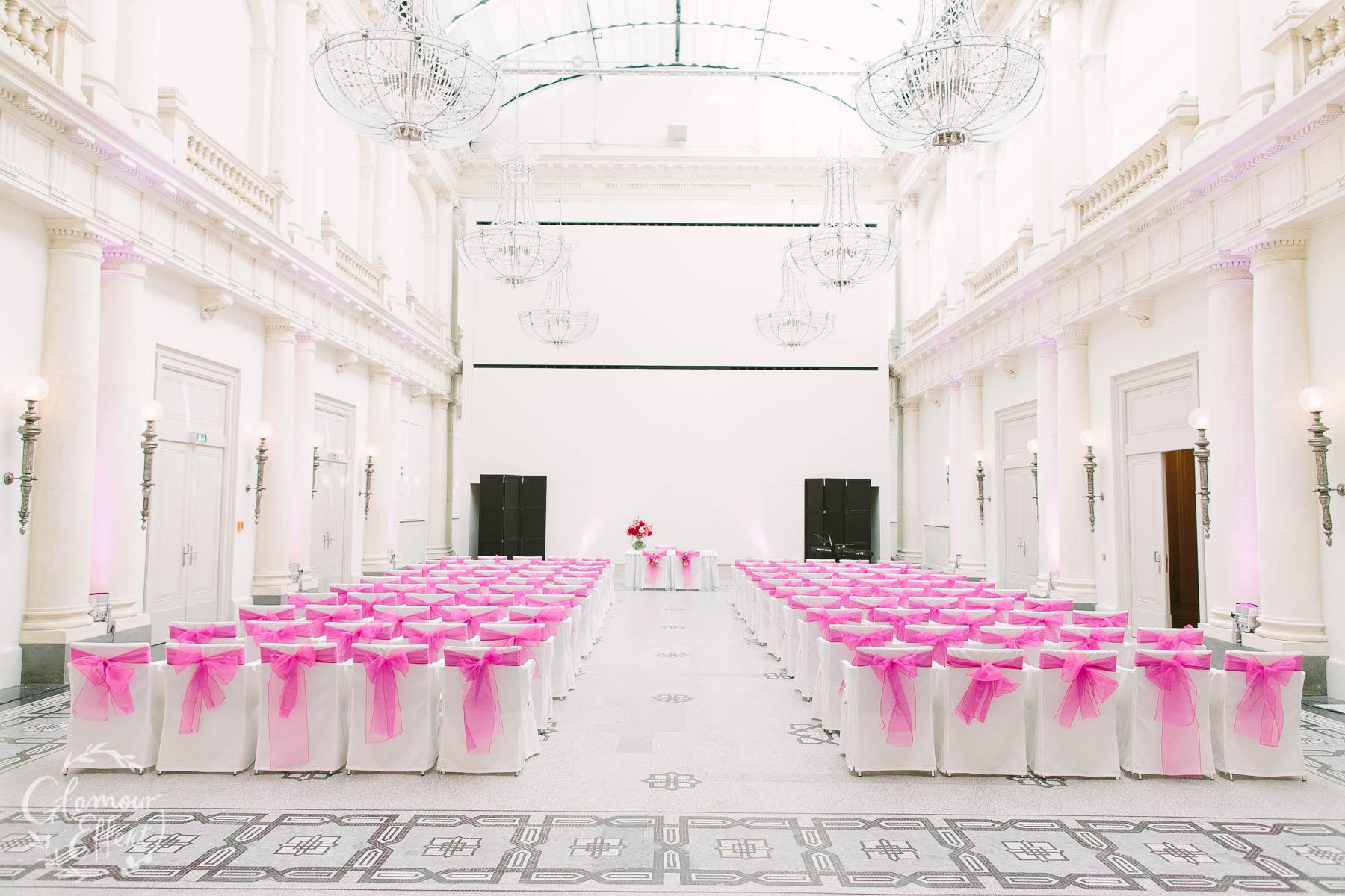 Hotel de Rome - Strandesamtliche Trauung mit über 100 Gästen in Berlin (große Anzahl)