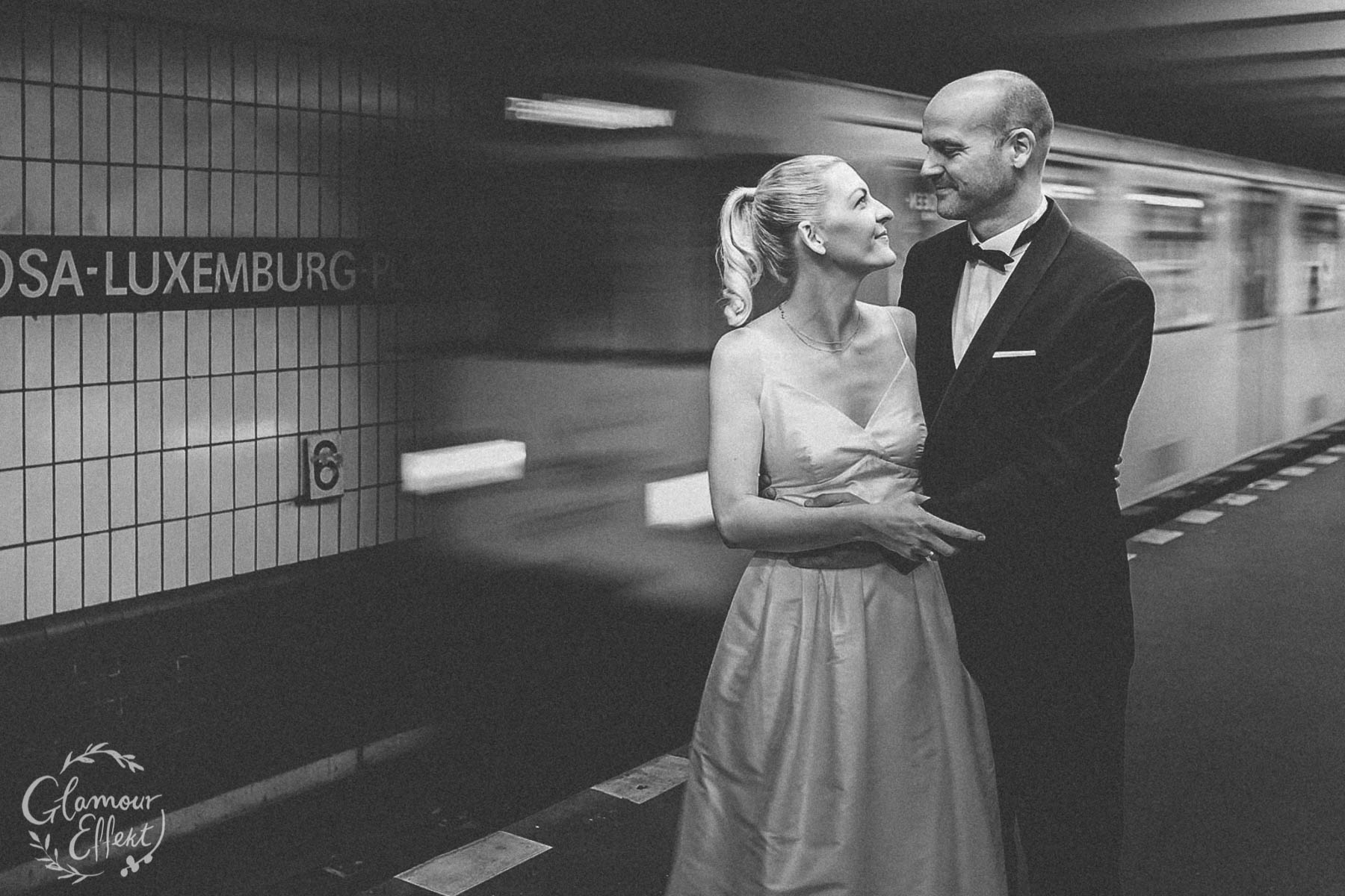 Berlin U-Bahn Hochzeitsfotos