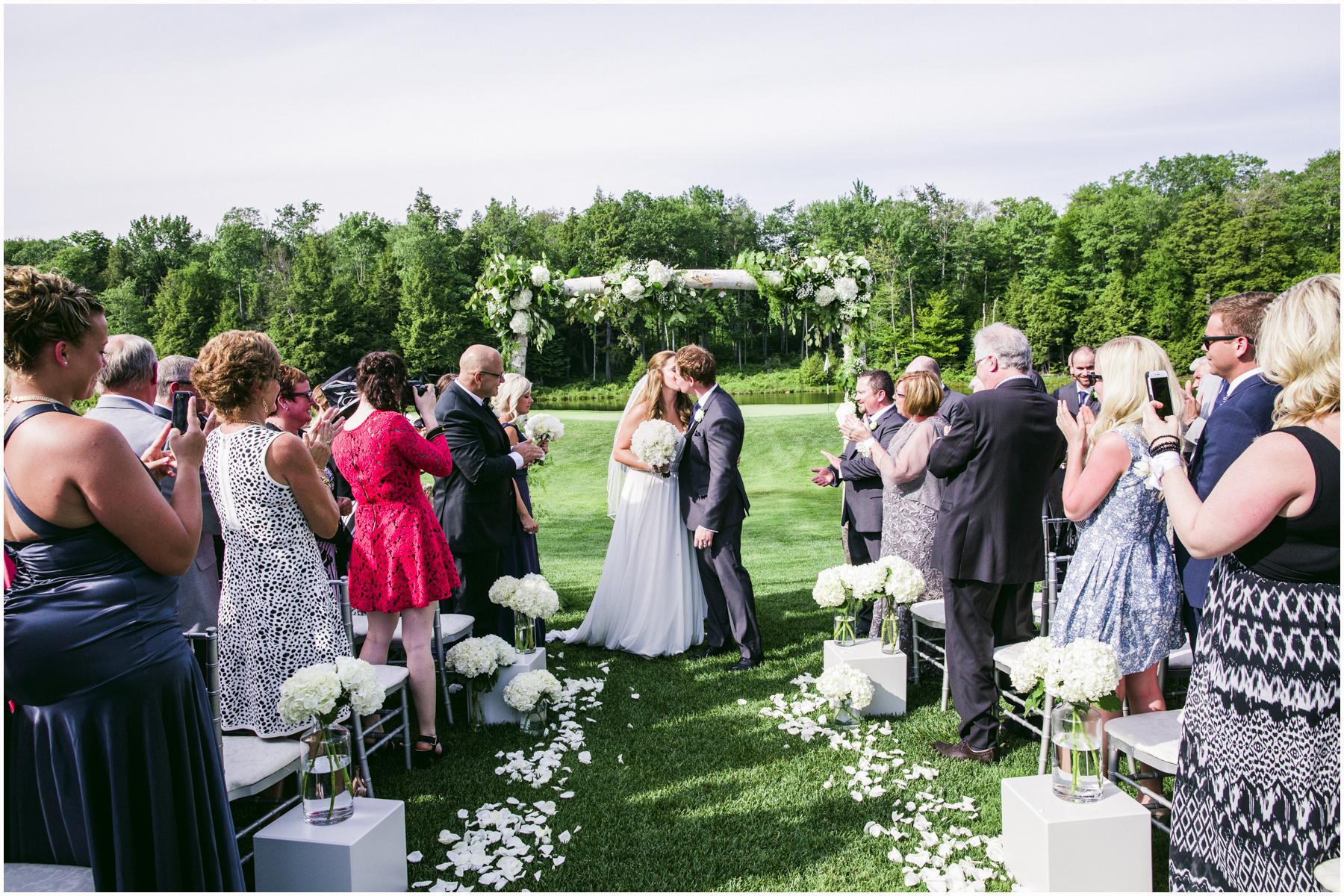 Muskoka Wedding 035.jpg