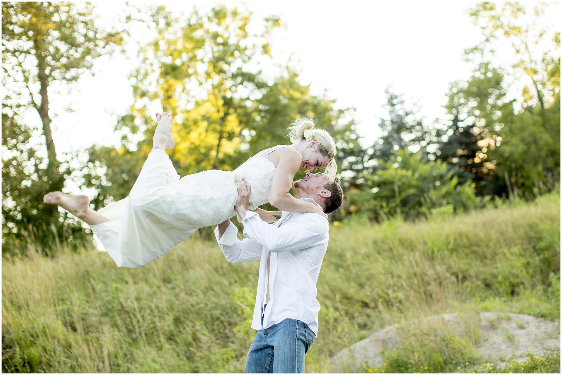 Acrobat Wedding 019.jpg
