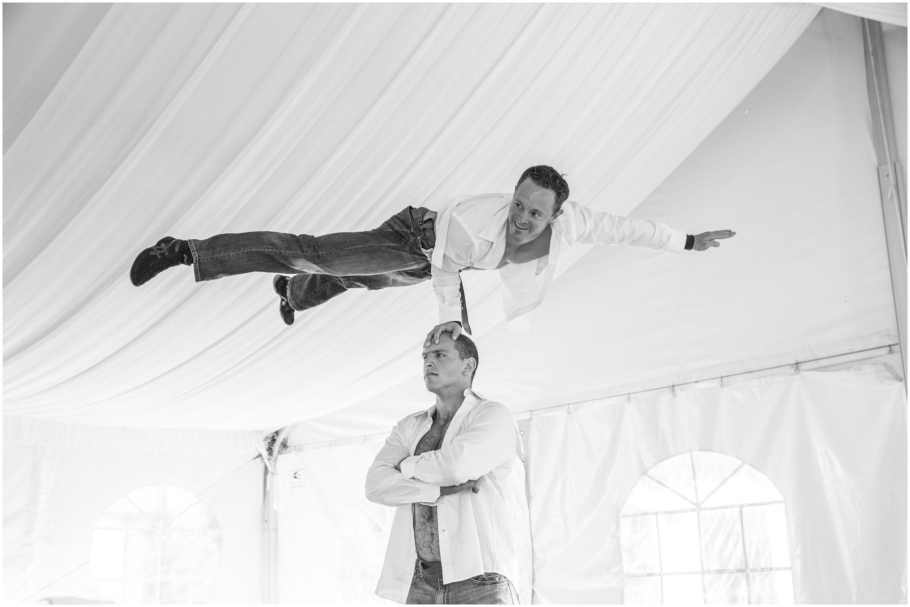 Acrobat Wedding 009.jpg