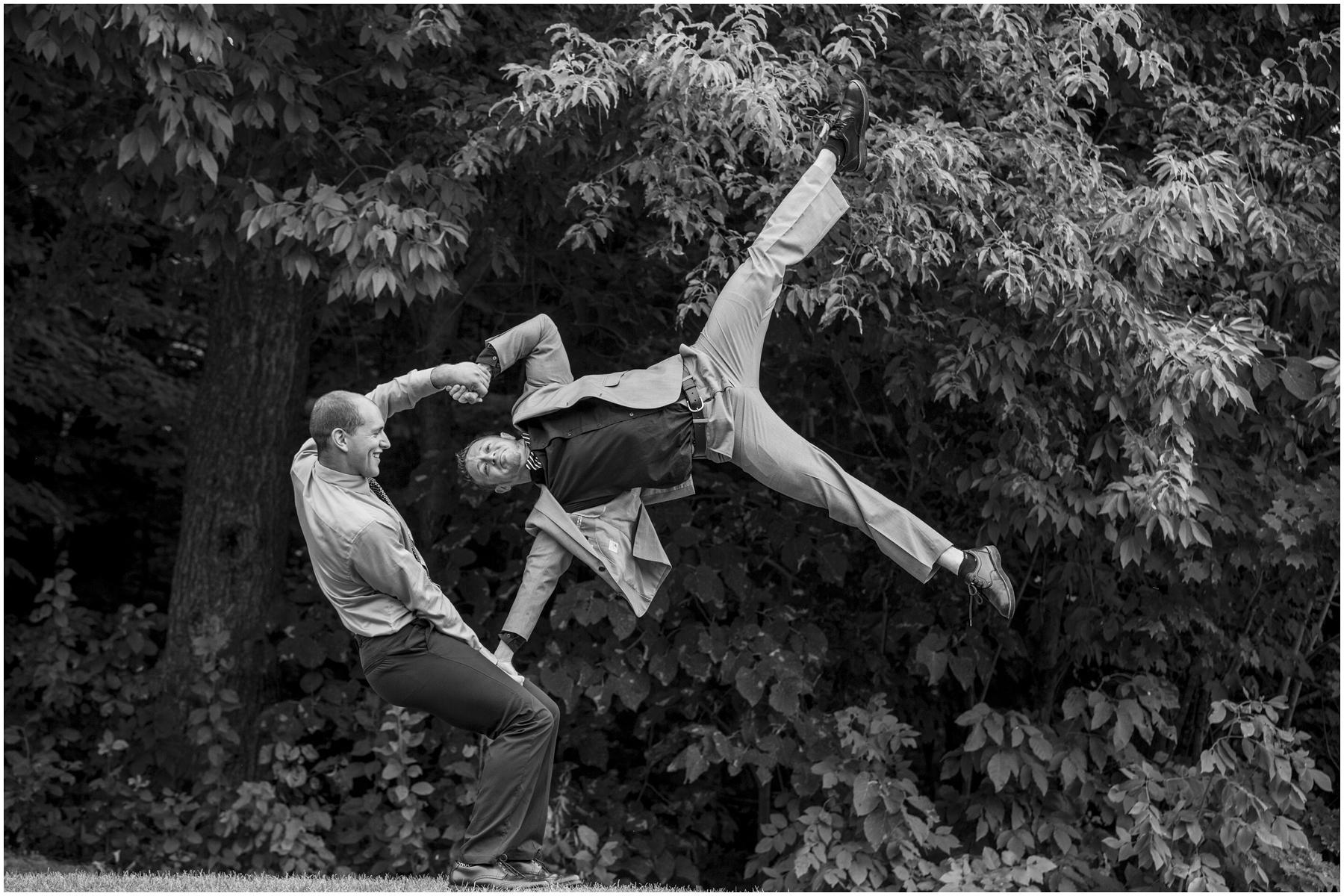 Acrobat Wedding 007.jpg