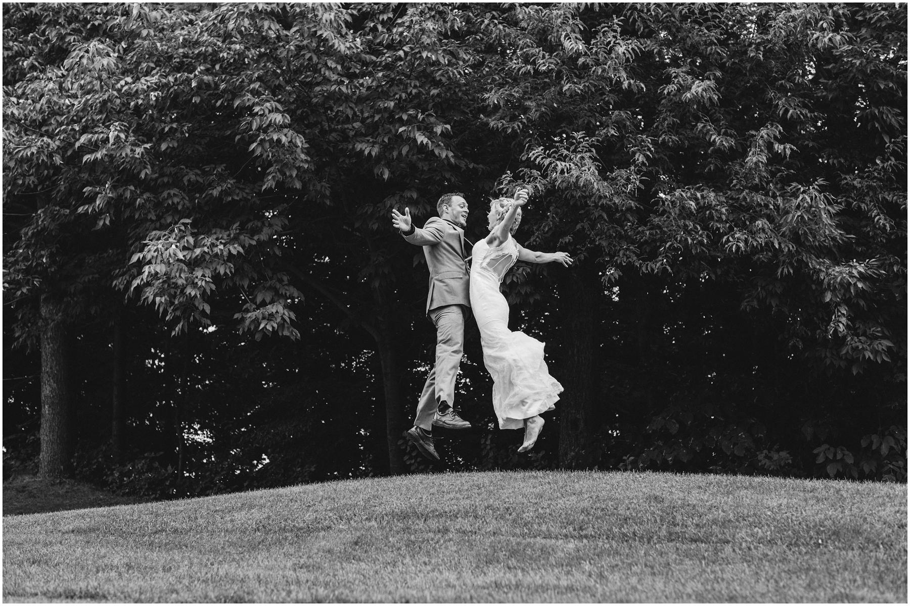 Acrobat Wedding 004.jpg
