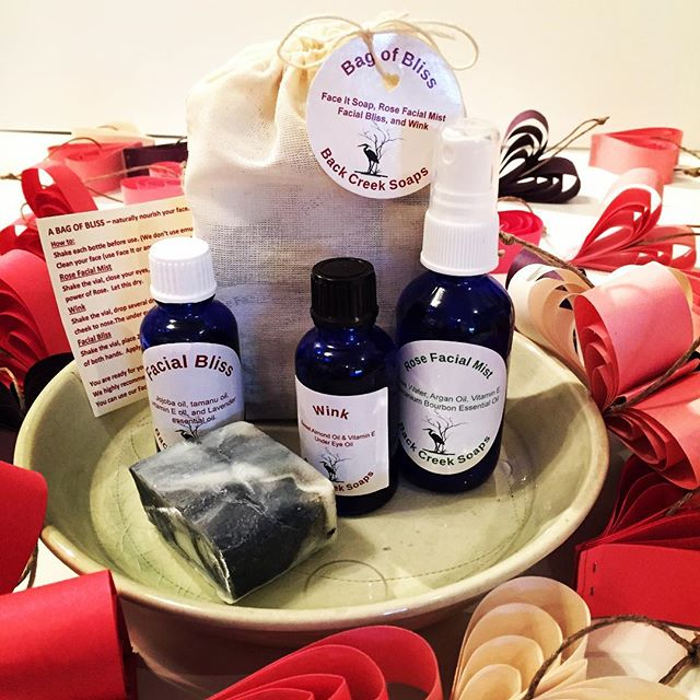 Bag of Bliss!  We are so excited to offer these locally made products by Back Creek Soaps. The NEW Bag of Bliss is a complete care package to naturally nourish your face. It contains Rose Facial Mist, Wink Eye Serum, Facial Bliss Moisturizer, and Face It- Charcoal Soap for only $50 (a total steal)! All pure ingredients; All in glass bottles. Makes a great gift, or for yourself :) Grab one at Lone Leaf Gallery 💛