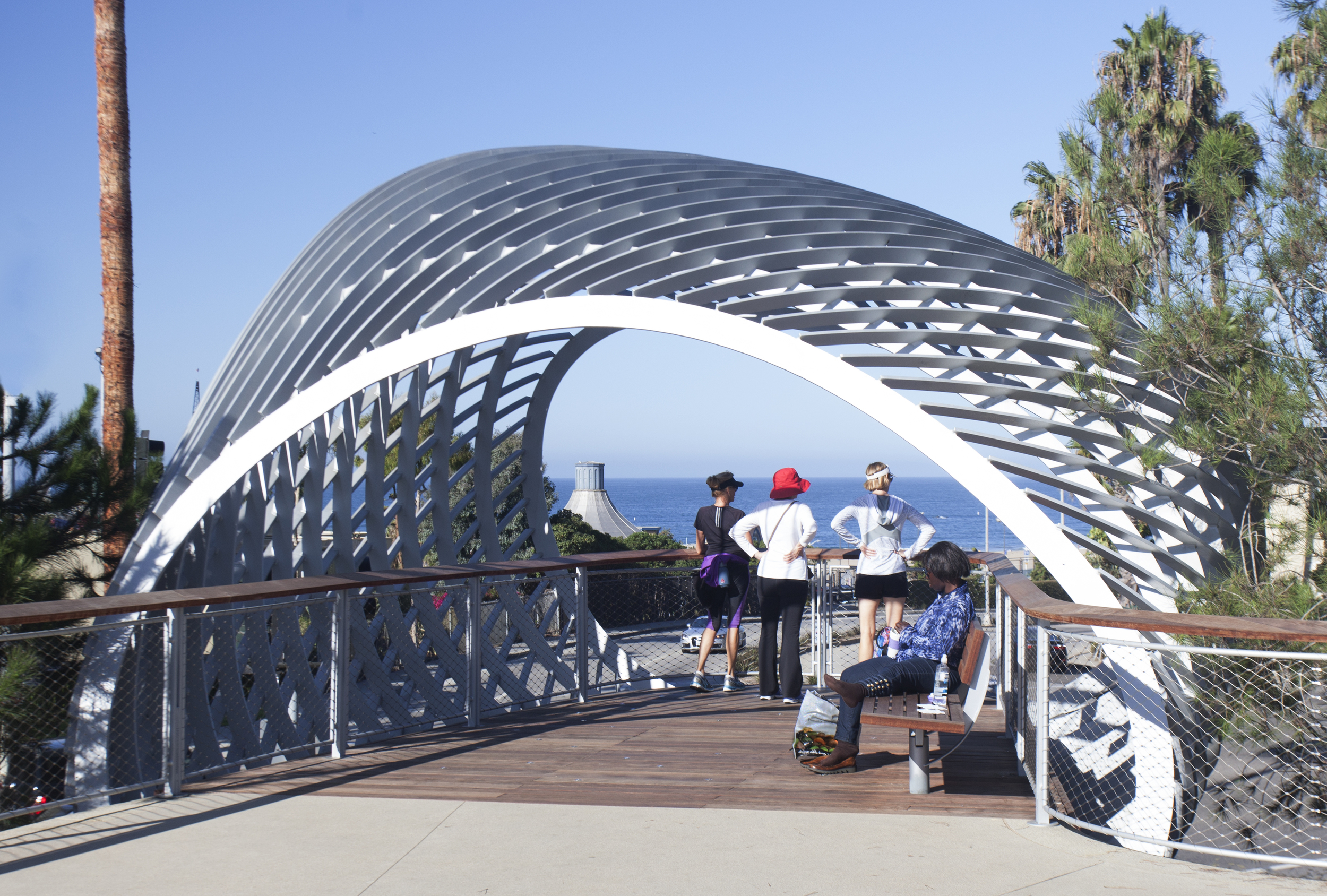 Tongva Park Overlook