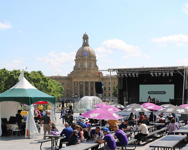 It's Friday and it's a long weekend!  If you don't have plans for the weekend yet, #TheWorksFest has a ton of activities for all-ages. With free art exhibits, walking tours, live music, and all-ages art making workshops, there is plenty of fun for everyone!  On Canada Day, The Works Patio will be located west of the main plaza near the Bowker Building.  See you soon?  #yegpatio #yegmusic #yegarts #canadaday2019 #yegdt #ableg #edmontonart