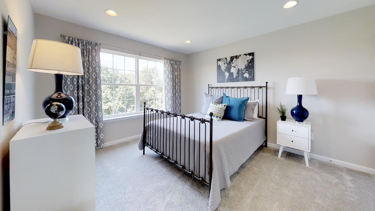 jfyCdv87TTE - Bedroom(4).jpg