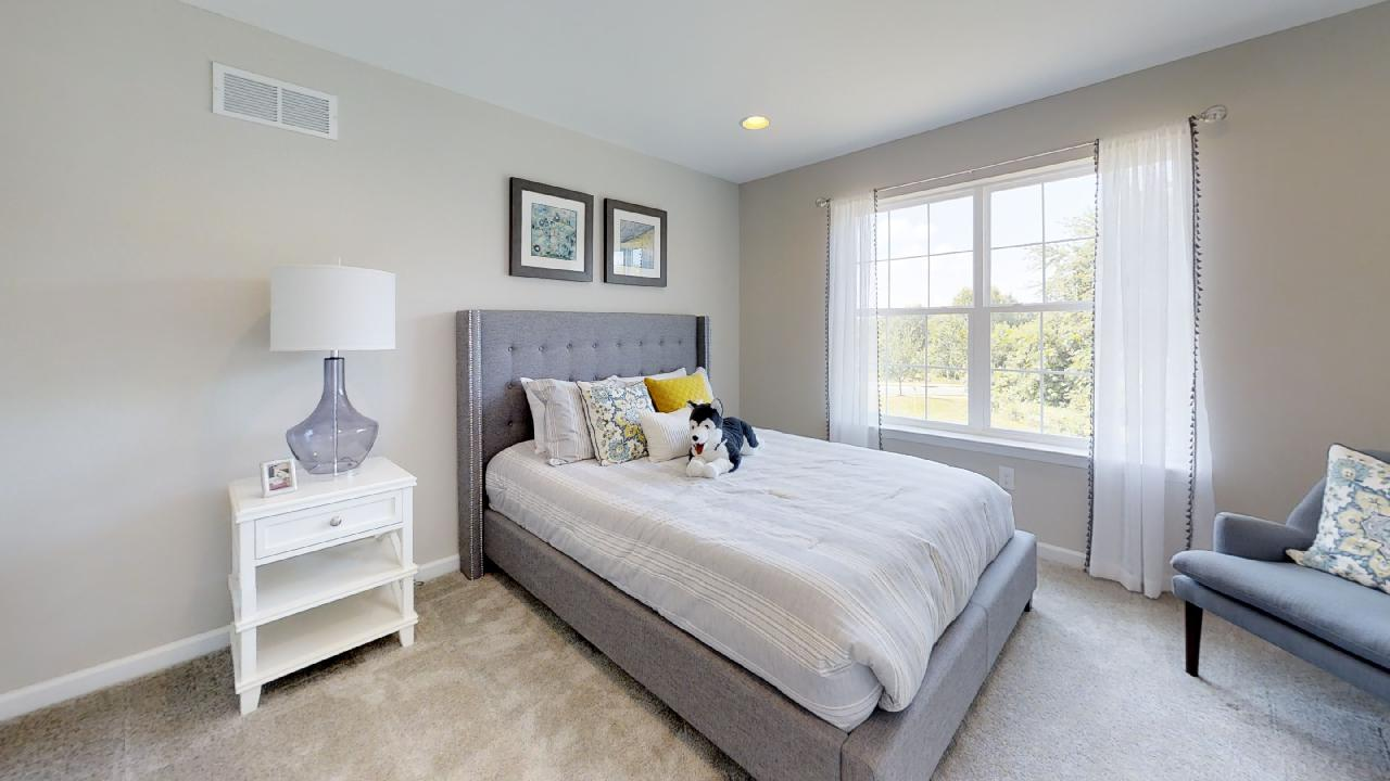 jfyCdv87TTE - Bedroom(5).jpg