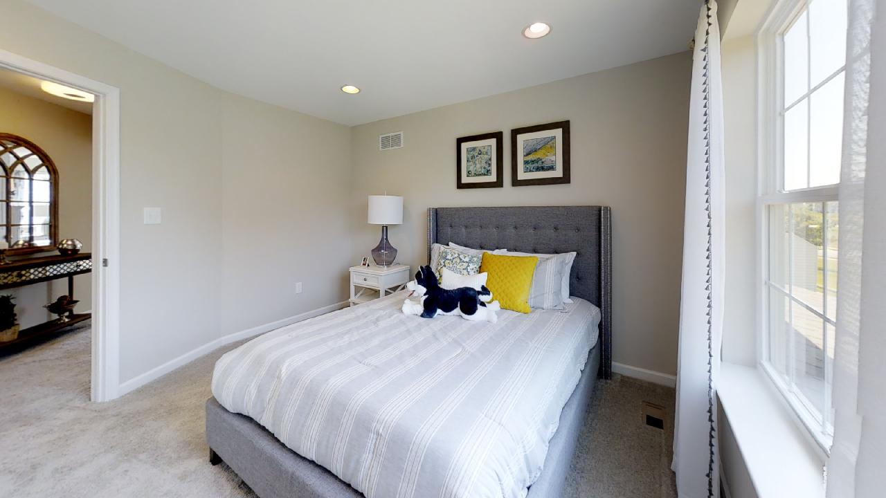 jfyCdv87TTE - Bedroom(6).jpg
